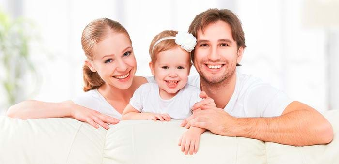bs-Happy-Family-74080420-700